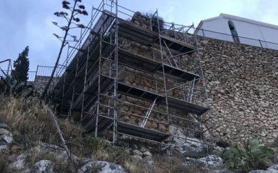 CONTINÚAN LAS OBRAS DE RESTAURACIÓN DEL RECINTO AMURALLADO DEL CASTILLO DE LUQUE